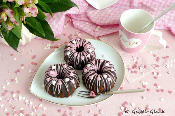 schokoladen-frischkase-gugelhupf-s-07s