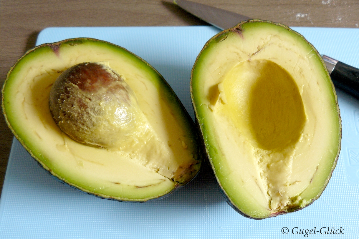 Avocado-Gugelhupf mit Zitrone 10 Ss