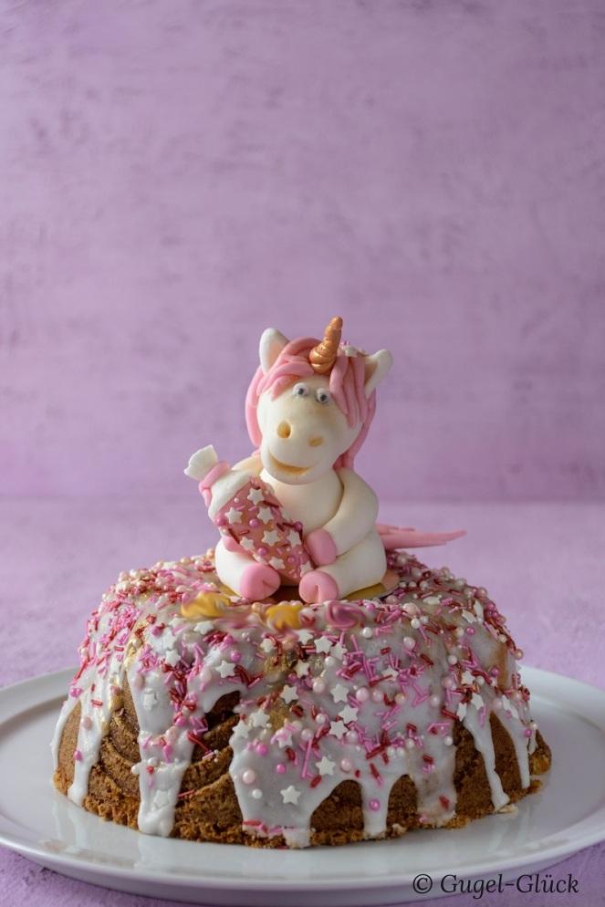 Einhorn Kuchen gesamt-1 Ss