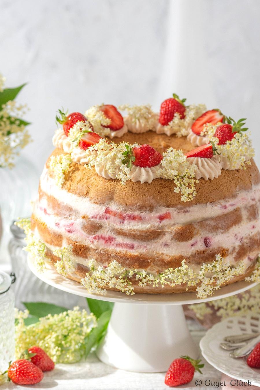 Rhabarber-Erdbeertorte, naked Cake - Rezept auf: https://gugelglueck.com/