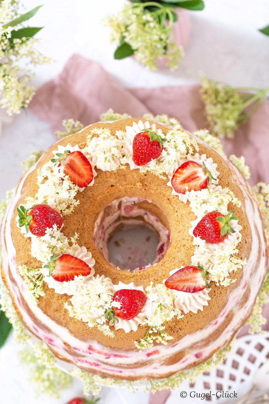 Erdbeer Rhabarber Torte 06 Ss